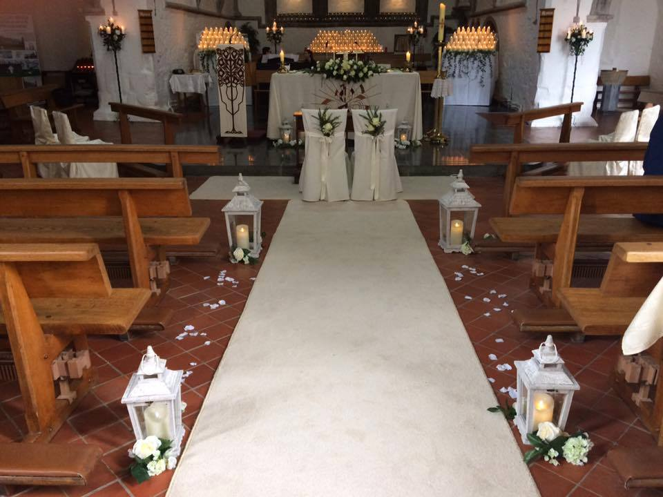 Aisle and Alter